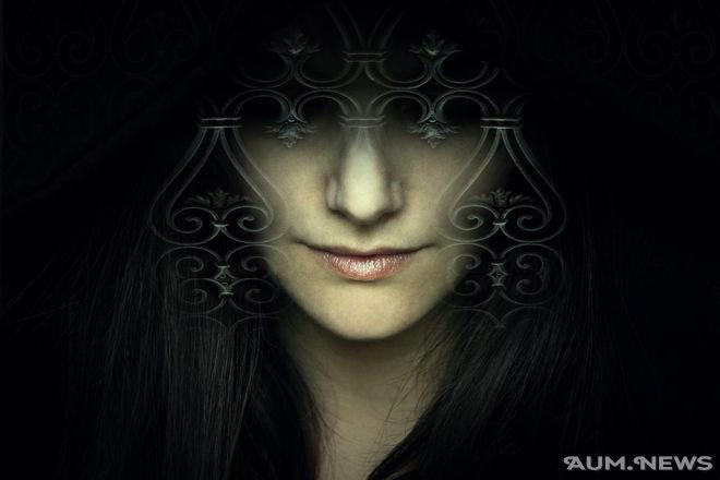 Woman_12121