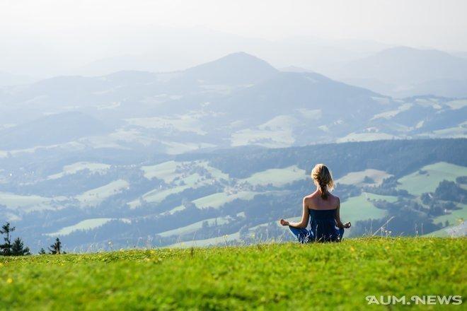 Медитация помогает снизить боль и улучшить настроение. Но как долго ей нужно учиться?